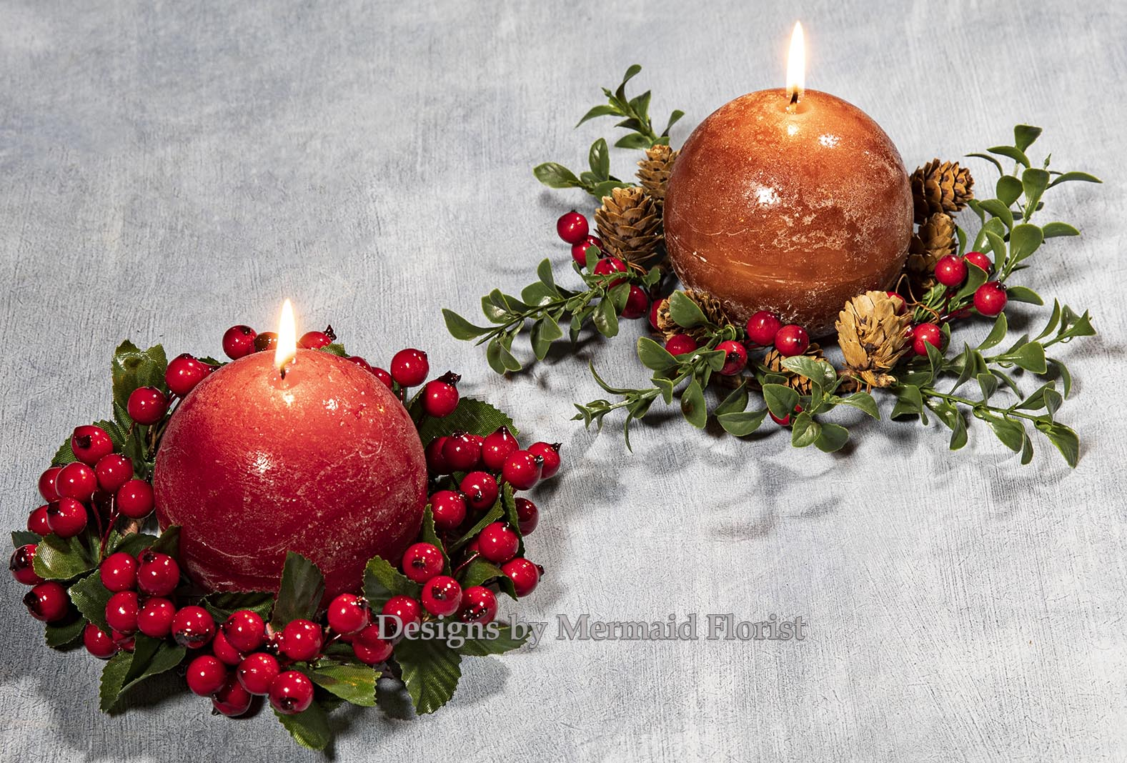 Christmas Candle Pair